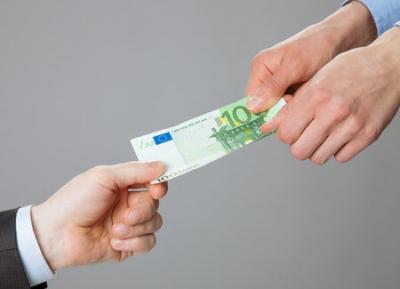Geld wegnehmen