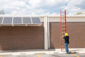 Solar an Turnhalle