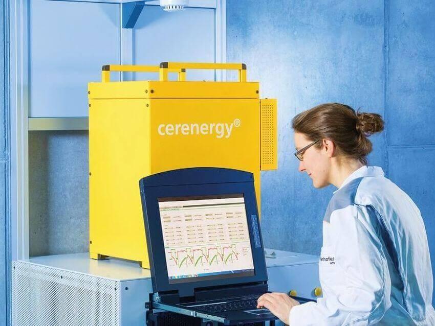 """Keramischer Stromspeicher """"cerenergy"""" vom Fraunhofer IKTS"""